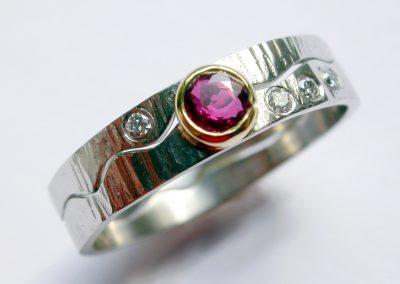 Ruby & diamonds wedding & engagement rings white & yellow gold