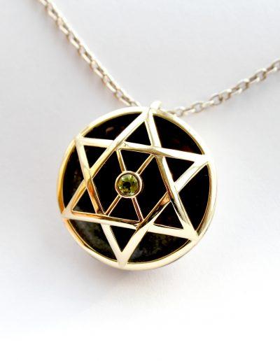 merkaba pendant with peridot