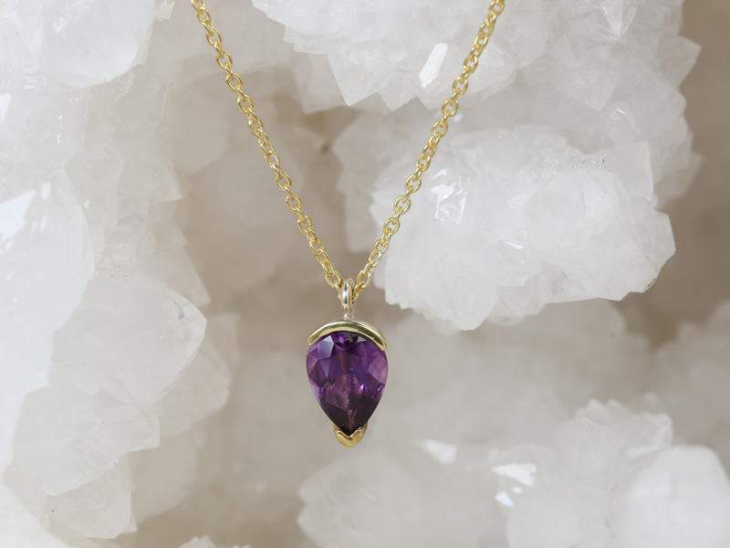 amethyest gold plated gem pendant