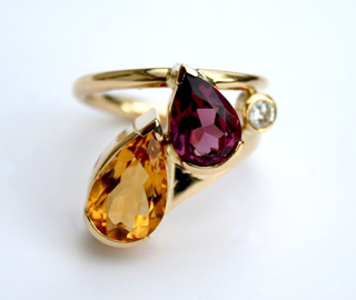 Rhodolite Garnet, Citrine Pear Cut and 10pts Diamond Set in 18ct Gold Wrap Style Ring